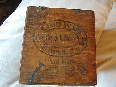 H. Anton Bock Co. / Curly Heads Wood Cigar Box