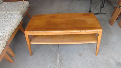 vintage Mid Century Modern Heywood Wakefield coffee/ cocktail  table