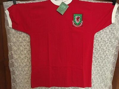 Mens Score Draw Official Retro Wales Football Shirt
