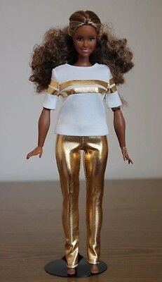 Clothes for Curvy Barbie Doll. T-shirt and Gold Metallic Leggings for Dolls.