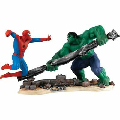Statuette résine Spiderman Marvel Comic Collection -  Spiderman VS Hulk