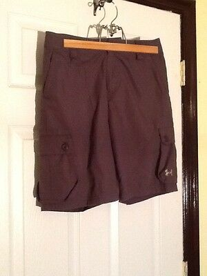 Under Armour Boys Loose Fit Dark Brown Golf Shorts YLG, EUC