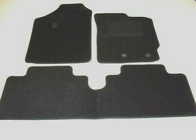 Toyota Auris 2006-2013. Fully Tailored Deluxe Car Mats in Black