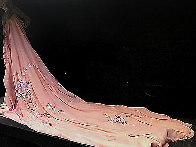 Antique/vintage Art Deco Hand Embroidered Detailed Silk Church/chapel Curtain