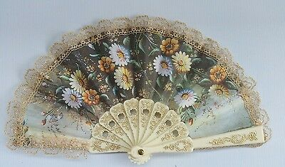 Vintage 1970s Child's Hand Held Fan Folding 19th C Spanish Flower Bouquet Lace