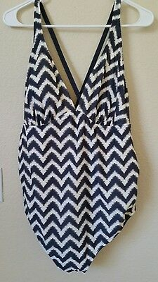 Target Liz Lange Maternity Gray White Chevron One Piece Strap Swimsuit XL