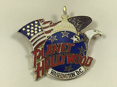 Collectible PLANET HOLLYWOOD Washington D.C. US Capitol American Flag Pin