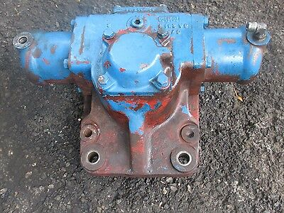 Ford 8000 Tractor POWER STEERING GEAR BOX  FREE SHIPPING