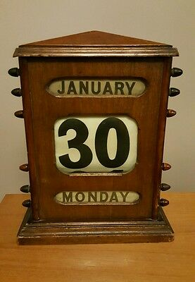 Edwardian Perpetual Large Desk Top Calender