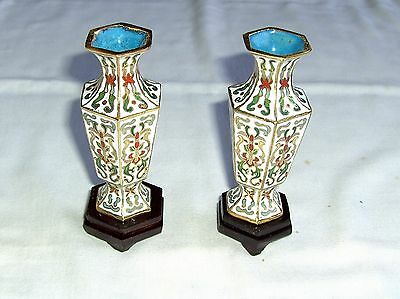 VINTAGE PAIR CHINESE CLOISONNE METAL & ENAMEL VASES GILDED HEIGHT 10 cm BOXED