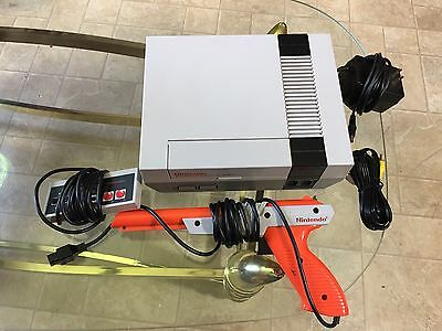 Nes Console Original And Zapper Nintendo Entertainment System Nes Lot Games