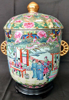 Antique Chinese Famille Rose Porcelain Large Lidded Pot w/Gold Gilding 1711-1799