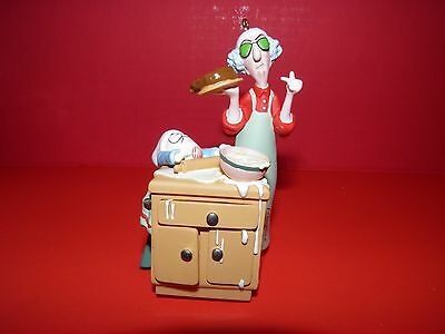 Hallmark Maxine Bakes 2006 Christmas Ornament NIB Sound Rare LTD Signed
