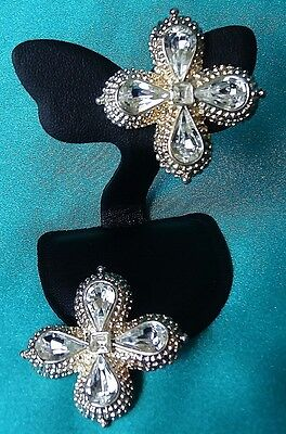 Vintage Earring Clips Lge Gold Tone 4 Petals Tear Drop Glass Stone Exc Con 77