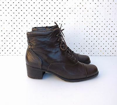 Size 7 or 8 Vintage Ladies Classic Dark Brown Leather Granny lace up ankle boots
