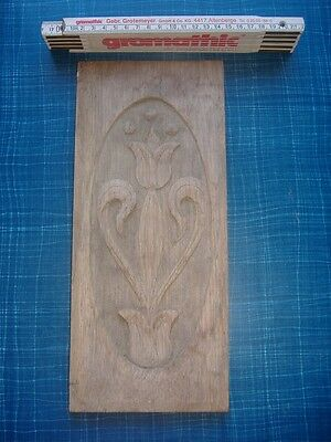 ANTIQUE VICTORIAN WOODEN PLAQUE. HAND CARVED 30cm WOODEN PLAQUE.