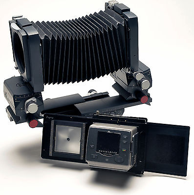 Moveable adapter for Hasselblad H Digital Back to Linhof M679 Camera Photograph