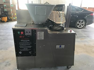 AM Manufacturing Scale-O-Matic Dough Divider Rounder Model S-300