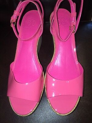 TORY BURCH Cork Wedge Platform HOT PINK Patent Leather Sandals Size 8.5.