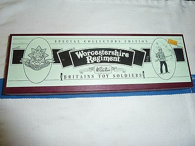 W. Britain Toy Soldiers Set  # 8802 The Worcestershire Regiment
