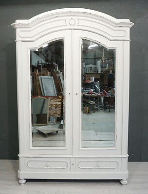 Shabby Chic 2-Door Antique French Wardrobe/ French Armoire (BR337)