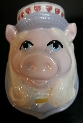 VINTAGE 1980'S Miss Piggy CERAMIC Hand painted Toothbrush Holder WALL MOUNT RARE