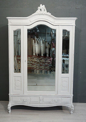 Antique French Shabby Chic Armoire / Wardrobe (BR354)