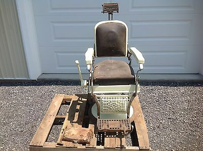 Koken Antique Barber Chair Working Hydraulics. Needs Restored