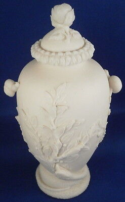 Antique Unknown Parian Porcelain Relief Scene Vase Jar Tea Caddy Porzellan