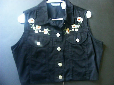 Black embroidered western vest cowgirl  size M