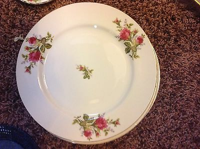 Moss Rose Five (5) Dinner Plates Compliments Old Country Rose Pattern Vintage