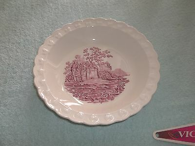 Taylor Smith & Taylor English Abbey Pie Plate 7 3/4""
