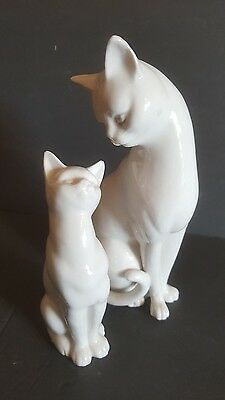"Cat Sculptures Vintage Ceramic Momma Kitty Cat with Kitten Figurines White 9"" T"