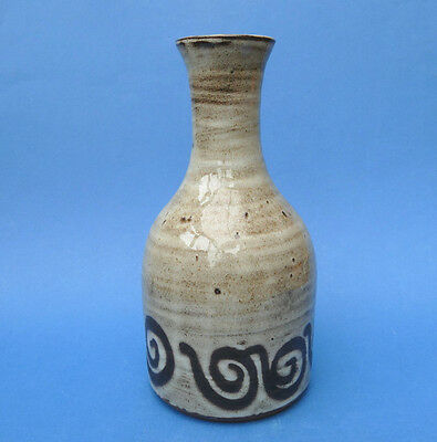 BRIGLIN POTTERY - Studio Pottery - 20cm Bottle VASE 1970's Impressed Mark