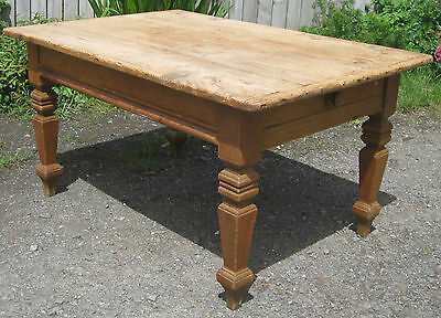 Large Antique Pine Table. Victorian.
