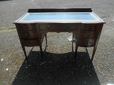 Edwardian Leather Top Knehole Desk