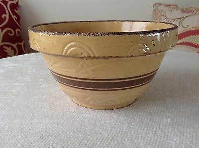 """Roseville 305 Yellow Ware Stoneware Pottery Mixing Bowl 9 1/4"""" x 5"""""""