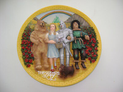 """1995 Turner Entertainment  8""""  Wizard Of Oz Plate. Mint Condition!"""