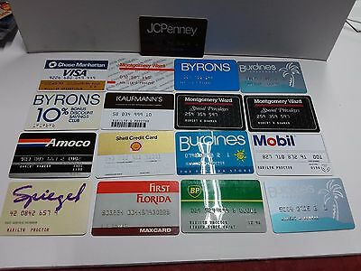 Lot of 17 Vintage used and expired Credit Cards for collectors