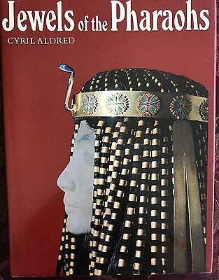 Jewels of the Pharaohs. Egyptian Gold Jewelry of the Dynastic Period by ALDRED