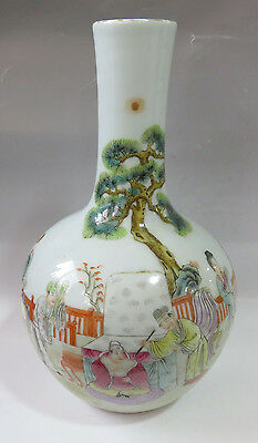 Beautiful Antique Chinese Qing DY Porcelain vases Hand-painted
