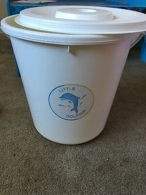 White Nappy Bucket With Lid