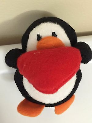 Penguin with Heart Size:4,5 Oriental Trading Company Black White