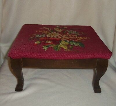 Vintage Queen Anne Style Needle Point Foot Stool Ottoman