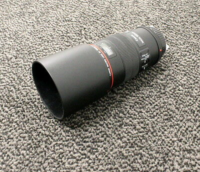 Canon Ultrasonic Lens EF 100mm f/2.8L Macro L IS USM