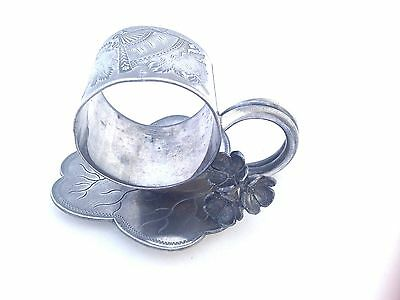 Napkin Ring Silverplate Buttercup Flowers Leaf Form Base Lily Pad Middletown