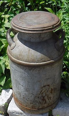 Vintage Guimond/United  Milk Dairy Can Full Rust Patina - COOL -W/Lid
