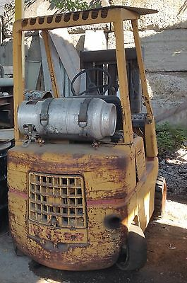 Hyster S50E Forklift 3 stage 5450 lbs capacity Propane Solid Tire