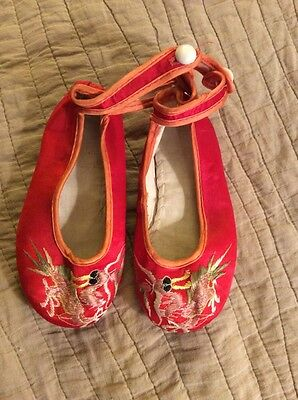 Antique/Vintage Chinese Silk Embroidered Shoes