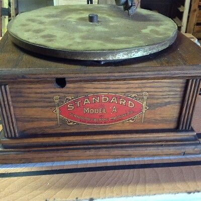 Early 1900's Standard  Talking  Machine Phonograph  Model A